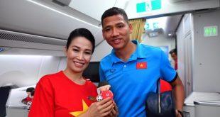 Chuyến bay đặc biệt dành cho các cầu thủ trên chiếc Airbus A350 của Vietnam Airlines  - IMG2519JPG 1544701819 9951 1544701857 500x300 310x165 - Chuyến bay đặc biệt dành cho các cầu thủ trên chiếc Airbus A350 của Vietnam Airways