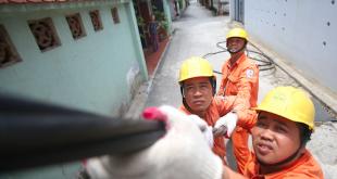 Tiêu thụ điện ở TP HCM cao kỷ lục trong 10 năm qua  - dien 1556330439 8188 1556331083 1200x0 310x165 - Tiêu thụ điện ở thành phố Hồ Chí Minh cao kỷ lục trong 10 năm qua