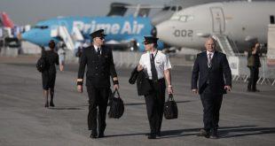 CEO Boeing: Thế giới cần 800.000 phi công trong hai thập kỷ tới  - pilot 1560833807 6640 1560833855 1200x0 310x165 - CEO Boeing: TG cần 800.000 phi công trong hai thập kỷ tới