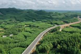 Tín hiệu tích cực đền bù, giải phóng mặt bằng, 3 đường cao tốc qua Bình Thuận sắp được xây dựng  - ttxvn1311 bac nam 1573637892765393108048 crop 157363790296247283087 310x205 - Tín hiệu tích cực đền bù, giải phóng mặt bằng, 3 đường cao tốc qua Bình Thuận sắp được XD