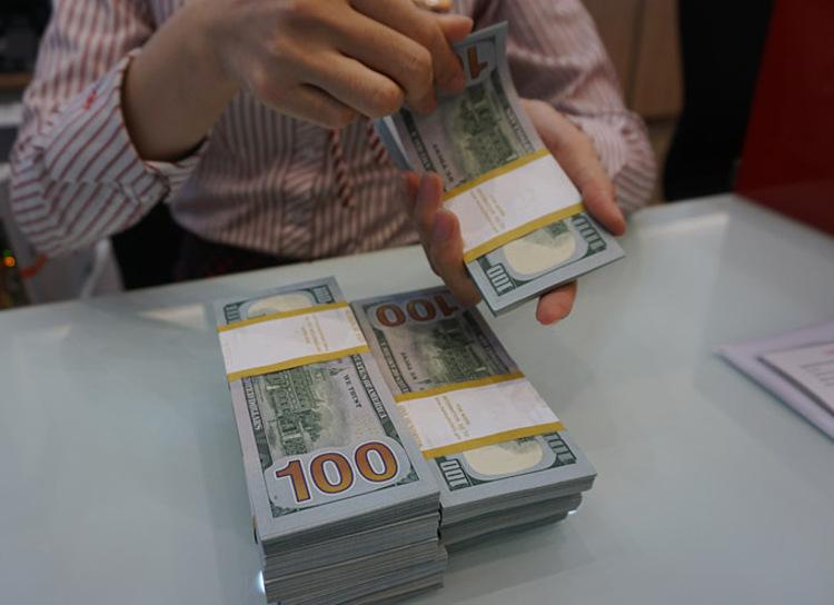 USD tự do giảm mạnh  - usddsc00205 1575449724 2532 1575449907 - Giá USD tự do giảm mạnh