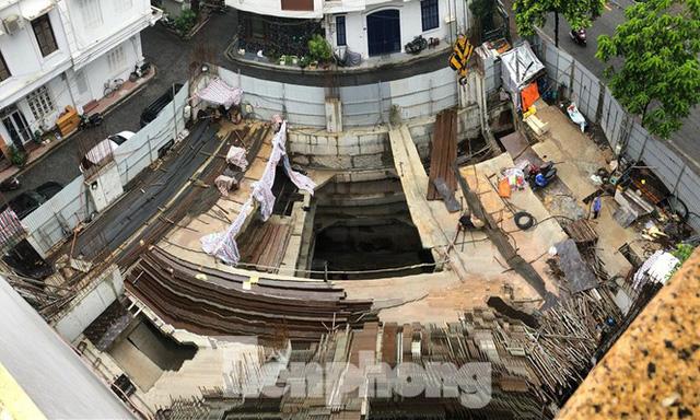 Hà Nội xin lùi báo cáo Thủ tướng về cấp phép 4 tầng hầm cho nhà riêng lẻ - Ảnh 1.  - photo 1 16037868758772103638383 - HN xin lùi báo cáo Thủ tướng về cấp phép 4 tầng hầm cho nhà riêng lẻ