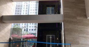 Người đàn ông ngã từ sảnh thang máy tầng 2 xuống đất trọng thương  - photo1607164273806 16071642741081968520686 310x165 - Người đàn ông ngã từ sảnh thang máy tầng 2 xuống đất trọng thương